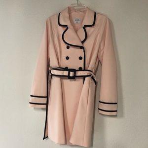 Elle blush pink trench coat 💕